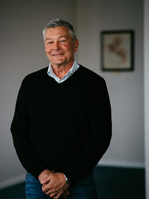 Dr Tim Pearce - Equine Trust
