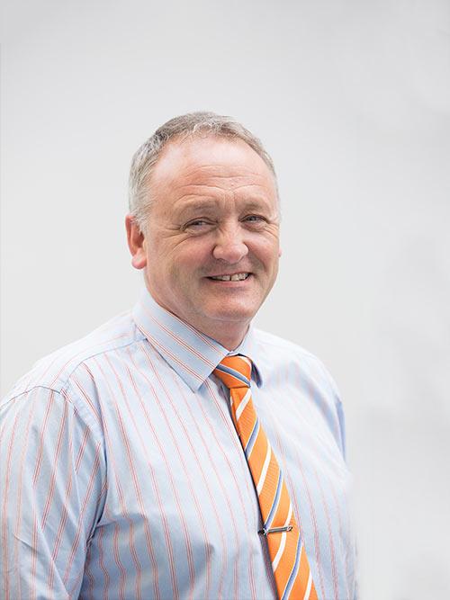 Mr Peter Benstead - Equine Trust